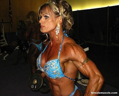 Arnold 2008 Women's Bodybuilding Finals Backstage 2