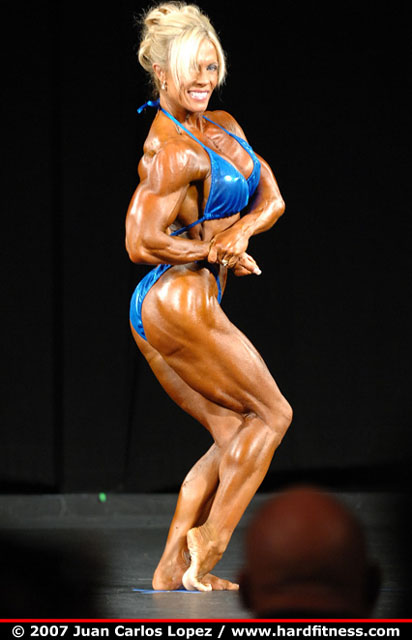 vicki-nixon-female-bodybuilder.jpg