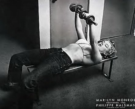 marilyn-monroe-lift-weights.jpg